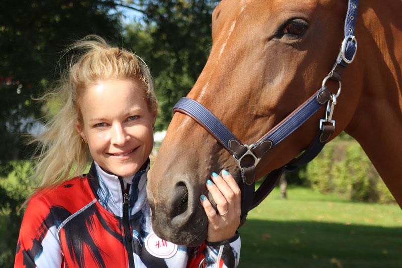 Malin Baryard Johnsson tillsammans med hästen H&M Indiana.
